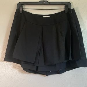 Line & Dot REVOLVE Black Shorts L